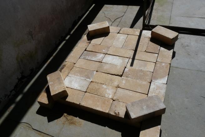 The base with hard fire bricks.